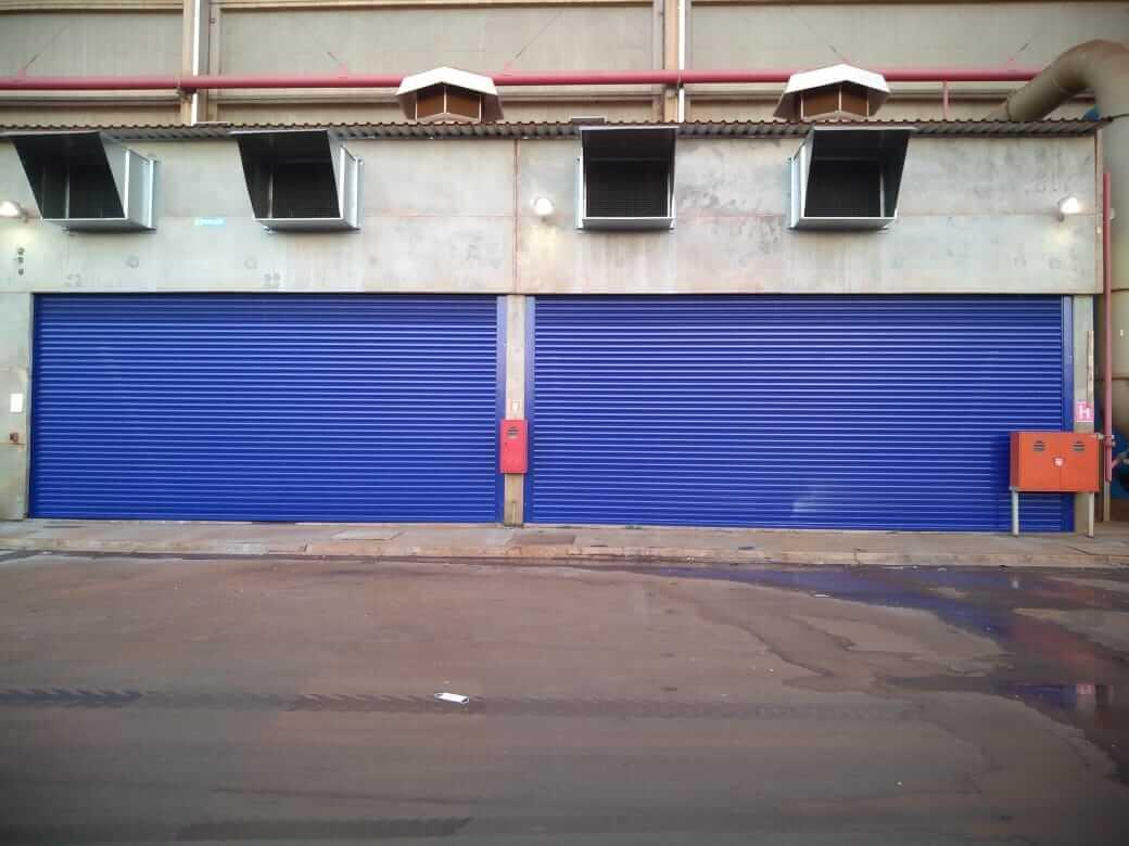 Fábrica de portas de enrolar