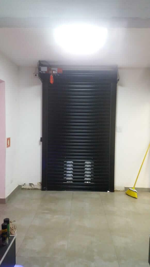 Porta automática de enrolar