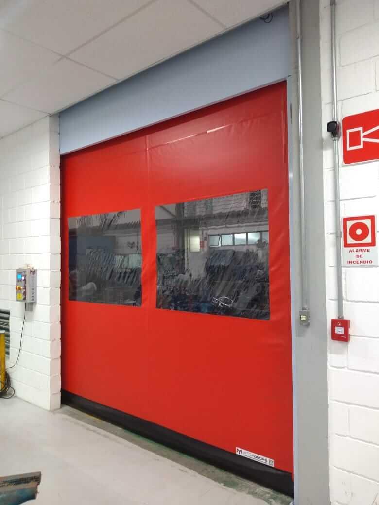 porta para áreas limpas e controladas