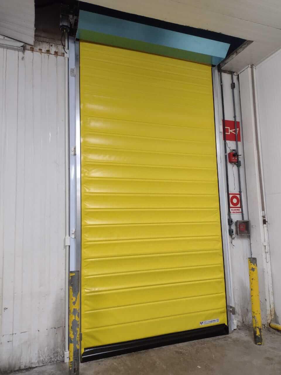 portas para áreas refrigeradas